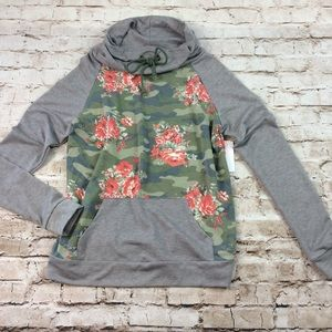 CY Fashion Top Floral Camo Cowl Neck Size Small